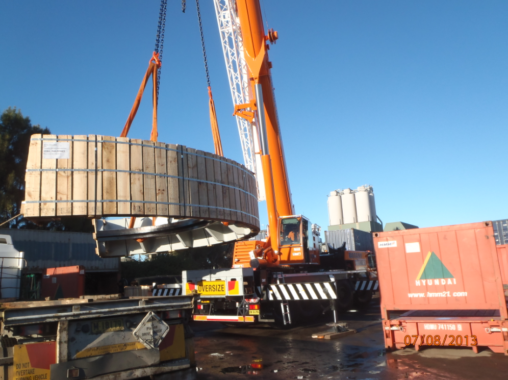 Oversized Import Crane Unload